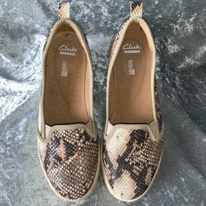 Clarks Collection Cushion Snake Print Shoes